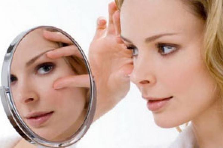 Что поможет сохранить молодость сухой кожи