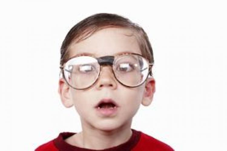 Контактные линзы повышают самооценку ребенка