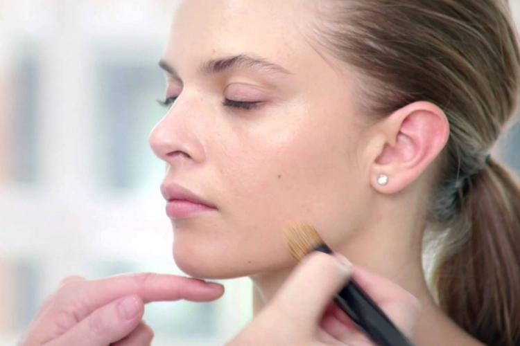 Макияж для кожи с расширенными капиллярами
