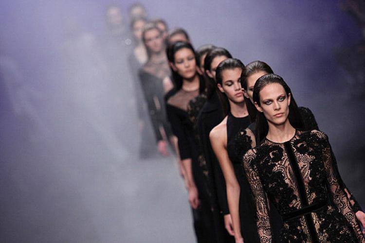 Неделя высокой моды в Париже – самые яркие наряды (Часть первая)