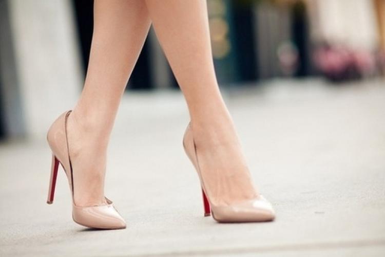 Ноги на высоте: основной уход и качественная обувь