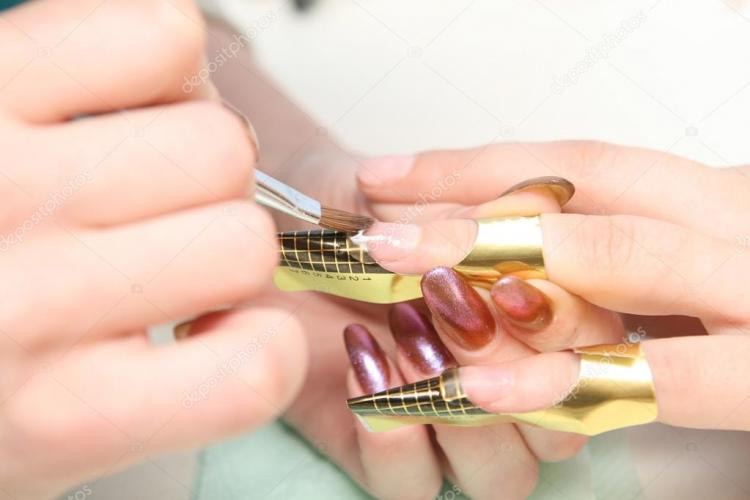 Все за и против наращивания ногтей